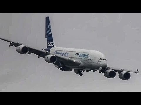 Unbelievable Airbus A380 vertical Take-off + Amazing Air Show ( HD ) Paris Air show 2013