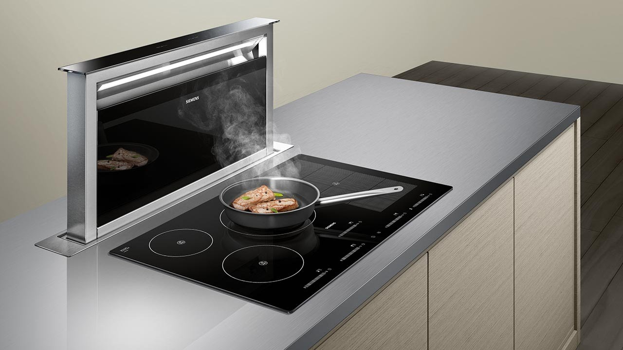 Siemens downdraft extractor youtube for Stove top with built in vent