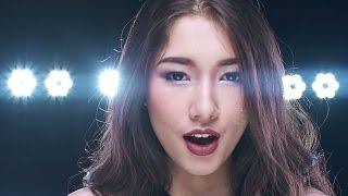 ChandraLiow (Tim2one) - Gapapa Jelek Yang Penting Sombong (feat. Devina Aureel, Eka Gustiawana)
