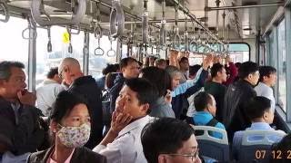 5./ Việt kiều: Xao xuyến Đi taxi từ sân bay Nội Bài - cầu Nhật Tân về Hà Nội: Phố Cổ