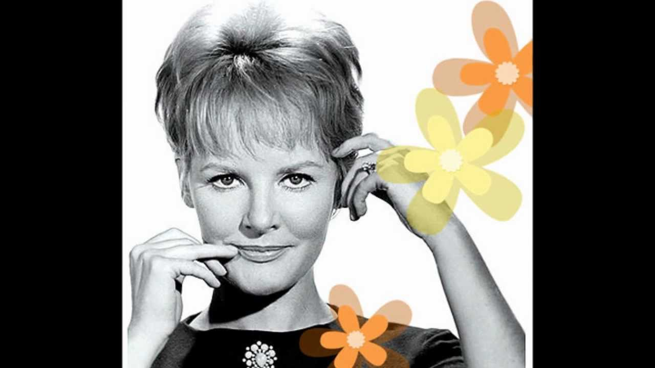 Petula Clark - Don't Sleep In The Subway / I Know A Place