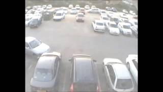Видео приколы с машинами.Неудачная парковка.