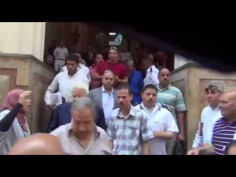 عمال الزمالك مع مرتضى منصور يهتفون في المحكمة ضد ممدوح عباس