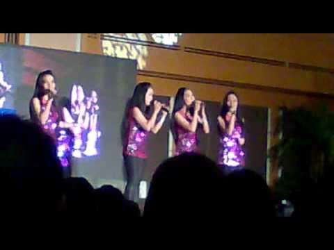 Listen - Cercado Sisters