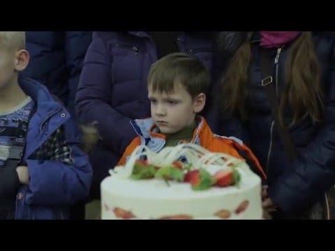 Чем украсить торт дома