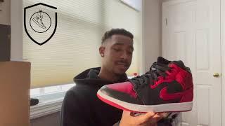 The Sneaker Vault - Air Jordan 1 Breds