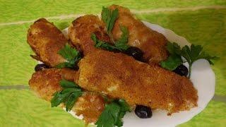 Сосиски в мундире. Жаренные в сухарях и капустных листьях. Вкусная закуска на скорую руку!