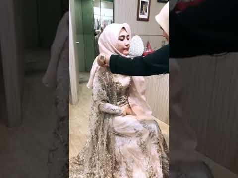 Via Vallen pake Hijab