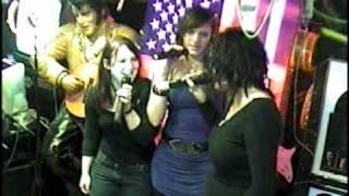 Naddl & Co singen Männer sind Schweine im Karaoke Fun Pub Stuttgart  http://www.funpub. de