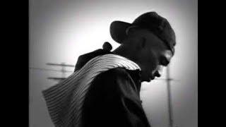 Eminem talks about Tupac (Tupac: Resurrection) (2003)