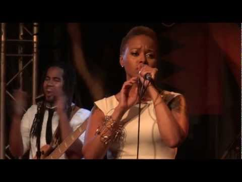 Chrisette Michele - Blame It On Me 1 (Live @ New Morning, Paris) [2013-01-25]