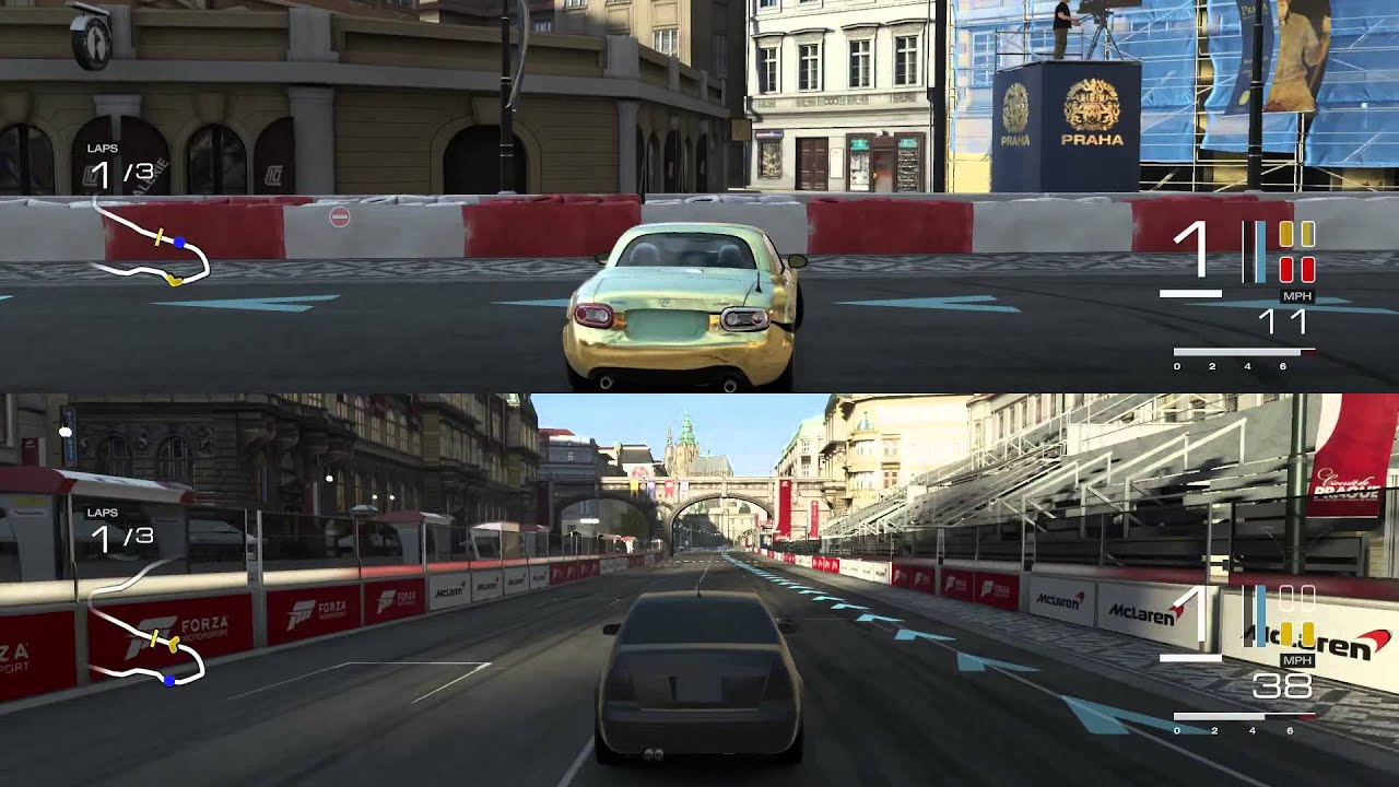 Playing Forza Motor Sport Split Screen Play 2 Xbox One