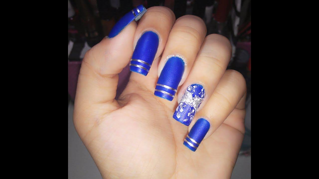 Unhas decoradas azuis marinho