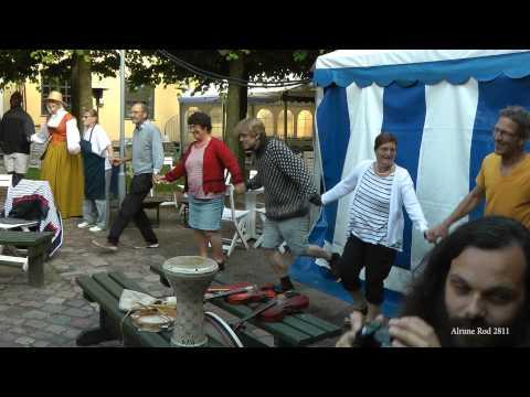 Virelai - Fransk Benspjæt (Danse de l'ours, trad. Frankrig)(2013)