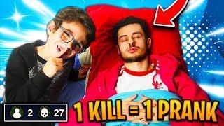 1 KILL = 1 PRANK PAR MON PETIT FRÈRE SUR FORTNITE ! ÇA PART VRAIMENT TROP LOIN... 😪