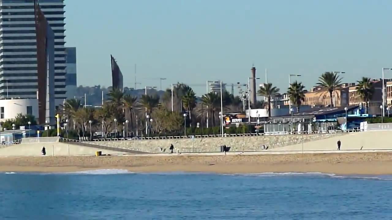 Barcelona Playa de la Mar Bella. 14 1 09 129 - YouTube