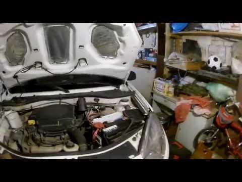 видео: Снятие бампера на Рено Сандеро.