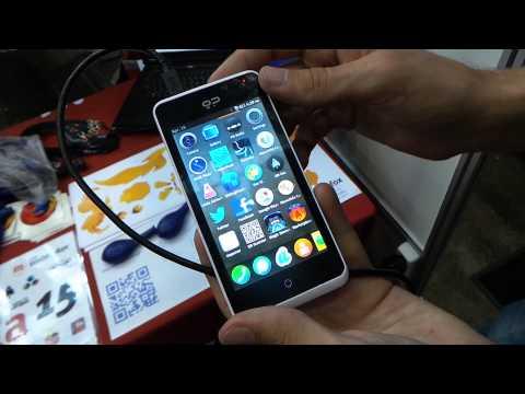 Geeksphone Peak bemutató videó @ Veletech 2013 | Tech2.hu