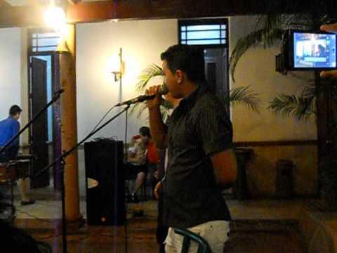 karaoke en Don Avila. Ciego de Avila.DSCN0707
