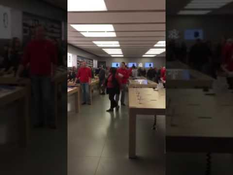 Apple Store Rage