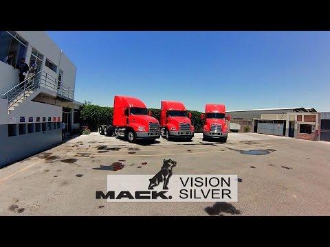 Mack Vision Silver para JB internacional Transportes