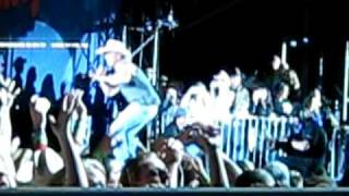 kenny chesney keg in the closet live soldier field 6 13 09