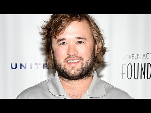 Re-sizing Haley Joel Osment
