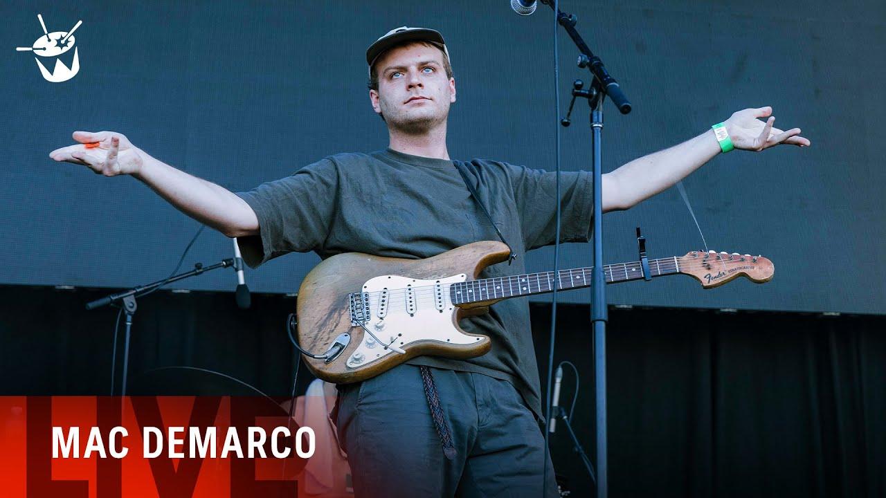 Mac DeMarco - 'My Old Man' (live at Laneway Festival)