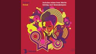 Play Sweat (Martin Solveig Remix)