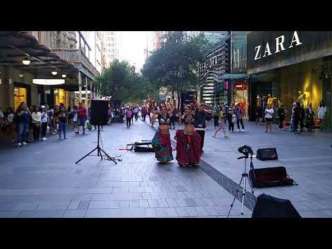 Street brazilian belly dance in Melbourne downtown(2)