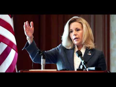 Liz Cheney: Hillary Clinton is a felon, the Clinton family is associated with 'slime and sleaze'