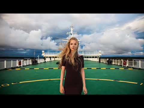 Julia Wieniawa - Oddycham (Official Video) from YouTube · Duration:  3 minutes 52 seconds