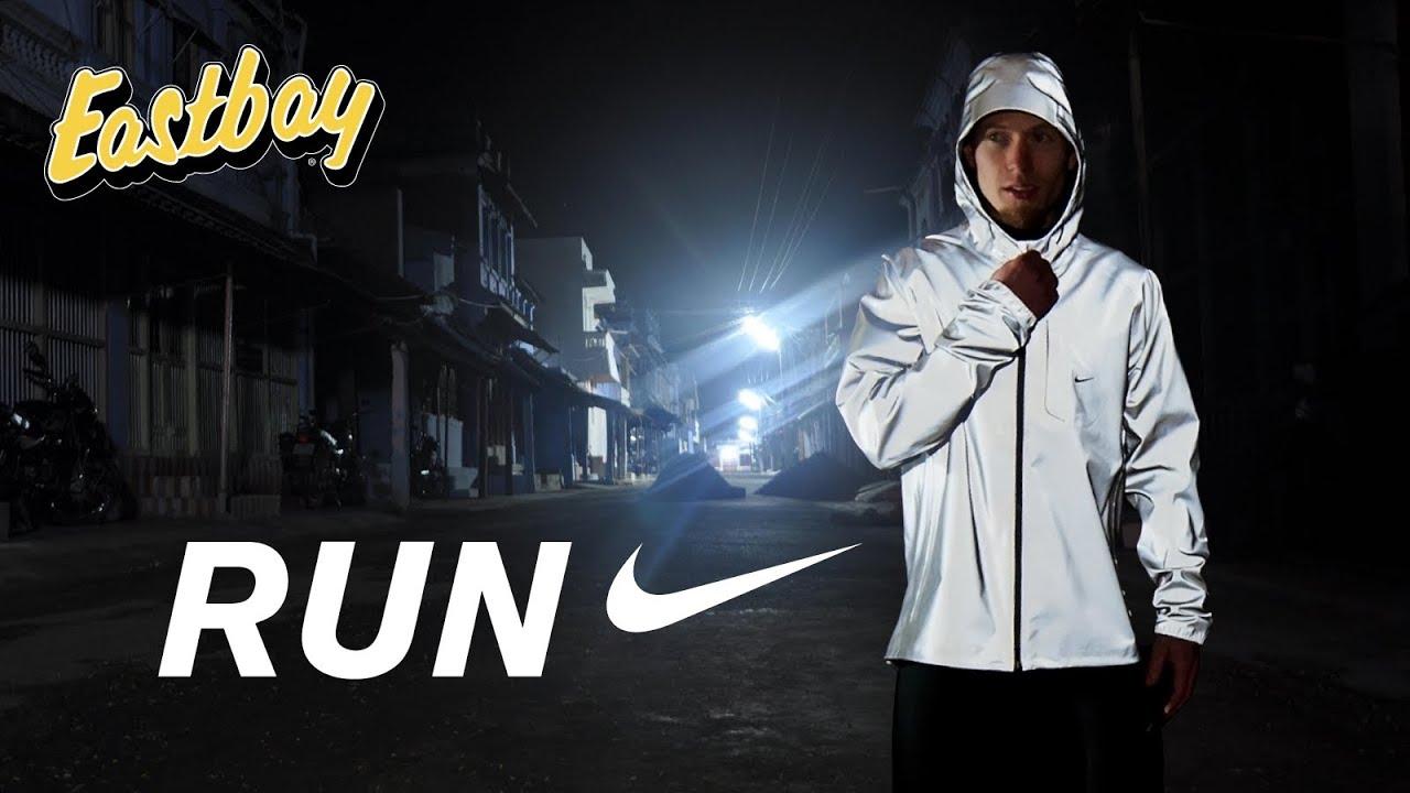 Eastbay  The Nike Vapor Flash Jacket - YouTube 10cf74b31288f