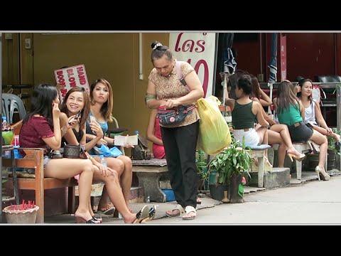 Pattaya by Day – Full English Breakfasts & Soi Buakhao Walk