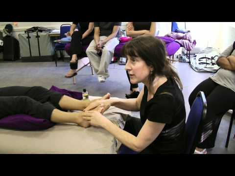 hands and feet massage techniques