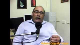 Sr.Roland Orlando Croes ta informa riba e historia di Status Aparte di Aruba