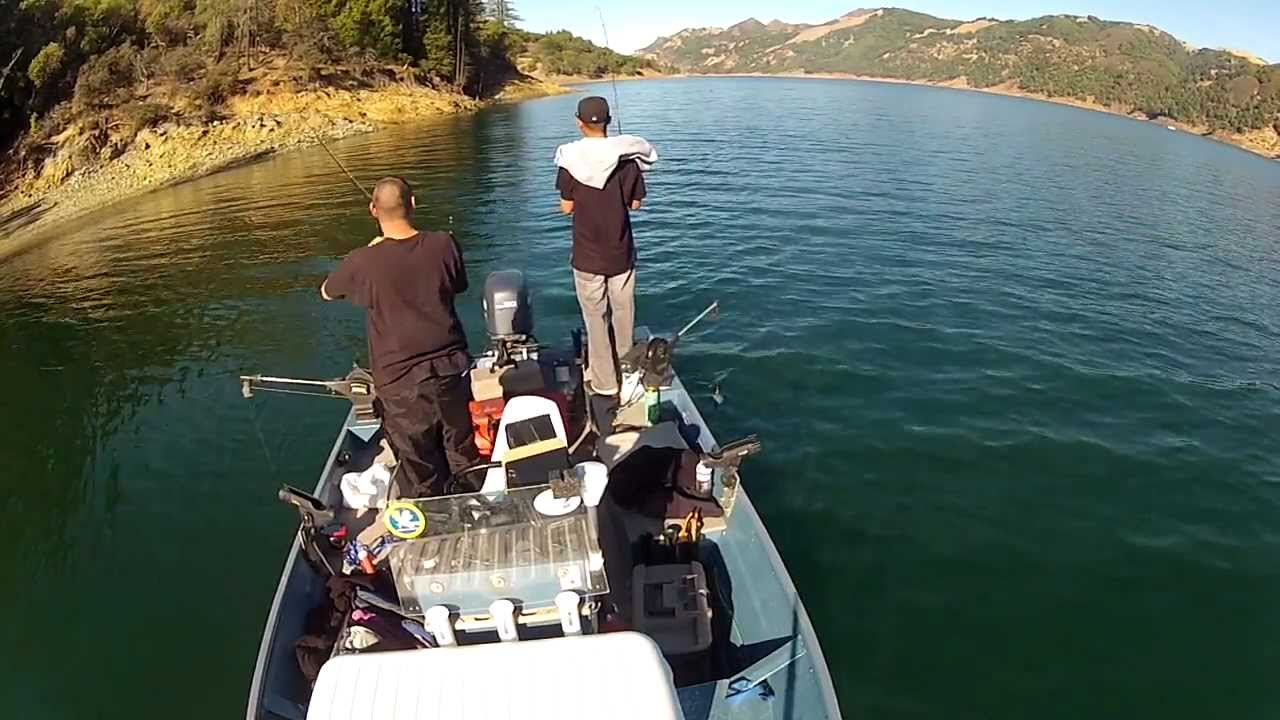 Fishing for steelhead bass lake sonoma california youtube for Freshwater fishing in southern california