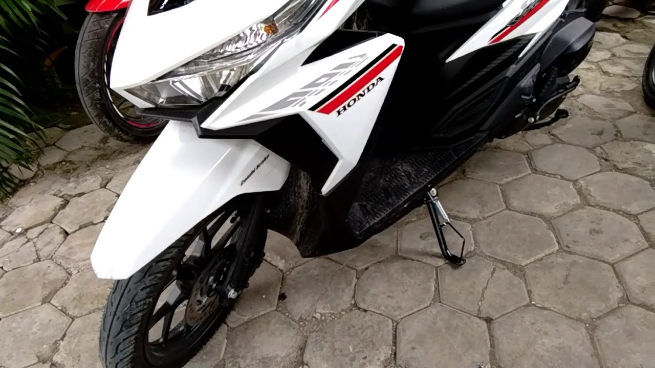 Detail Tampilan Honda Vario 125 2018 Warna Putih YouTube