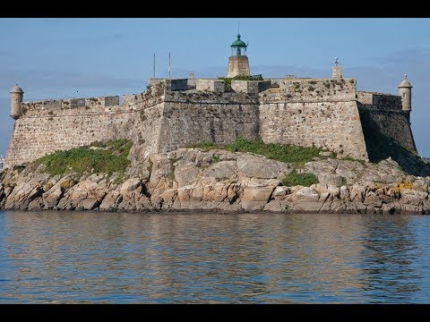 Places to see in ( Galicia - Spain ) Castle of San Anton