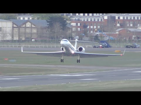 Slow Mo Aircrafts Gulfstream G550 Airbus a319 Bombardier Challenger Farnborough airport