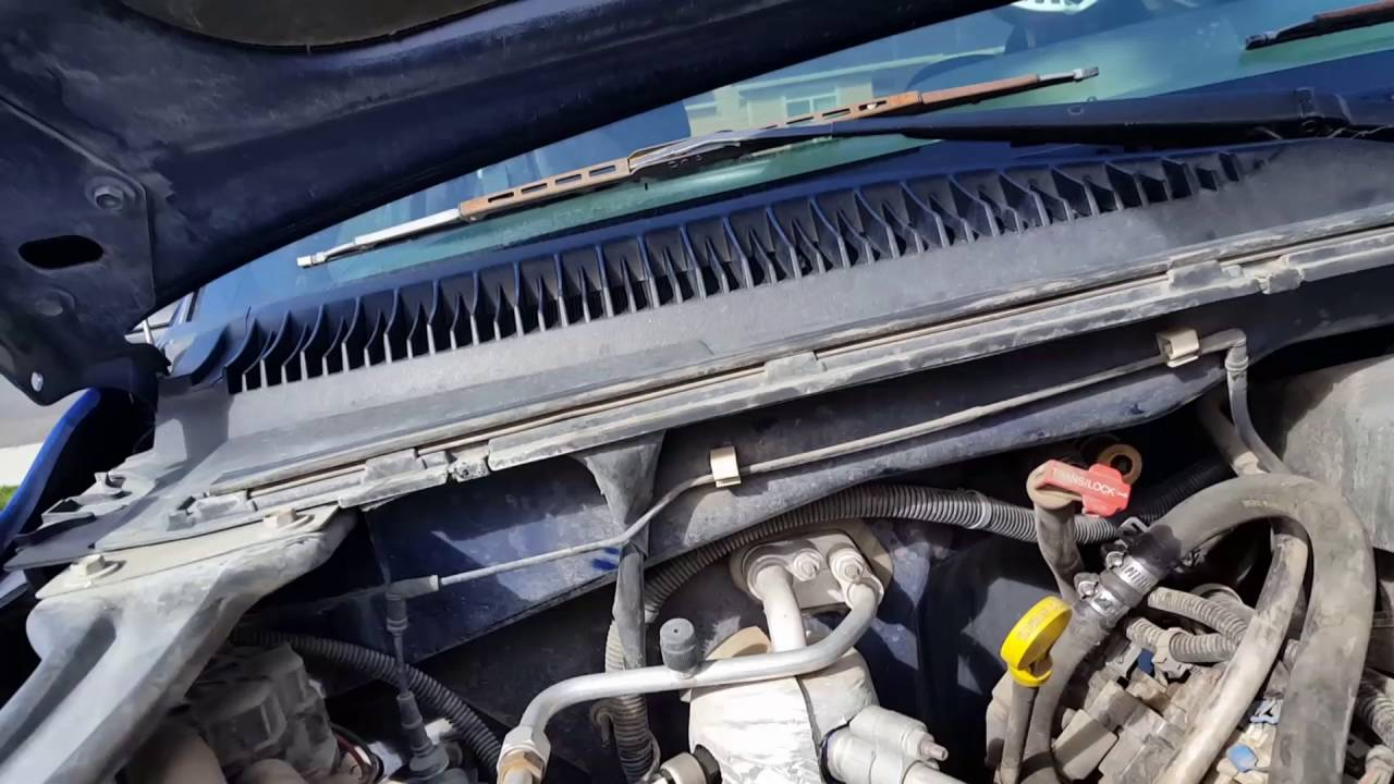 2000 chevy silverado heater hose disconnect youtube 1999 chevy silverado heater core replacement instructions 1999 chevy silverado heater core diagram [ 1280 x 720 Pixel ]