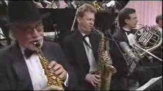 David Matthew's Manhattan Jazz Orchestra performs. Orchestra members include Lew Soloff, Ryan Kisor, Chris Hunter, Chip Jackson, Jim Pugh, John Fedchock ...