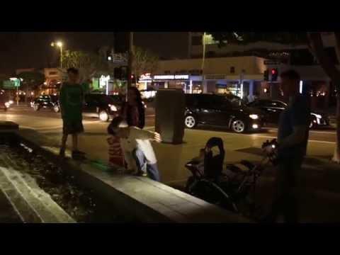 SureFire 2211X WristLight video