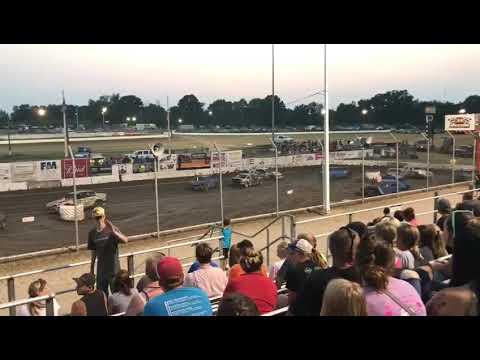 34 Raceway figure 8 Feature race 08/18/18