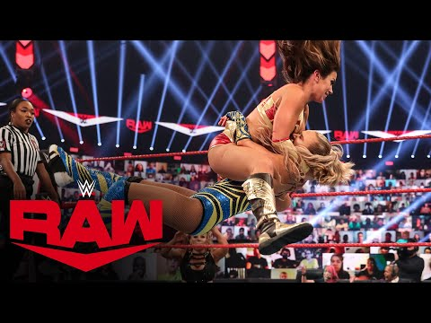 Mickie James vs. Alexa Bliss: Raw, May 8, 2017 from YouTube · Duration:  2 minutes 57 seconds