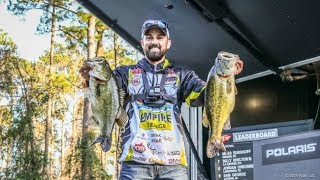 23lbs! FLW Tour Sam Rayburn Day 2 - 29 Casts in a Row!!!