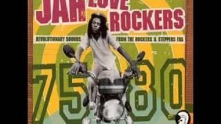Ronnie Davis - Jah Jah Jehovia