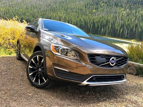 2017 Volvo V60 Cross Country Tech Review 1 Of 2