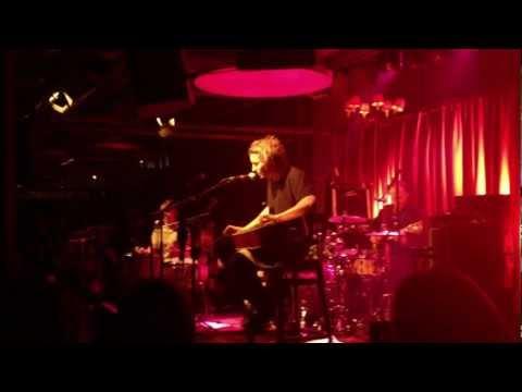 Ben Howard - Depth Over Distance / Live @ Papiersaal 14.11.2011
