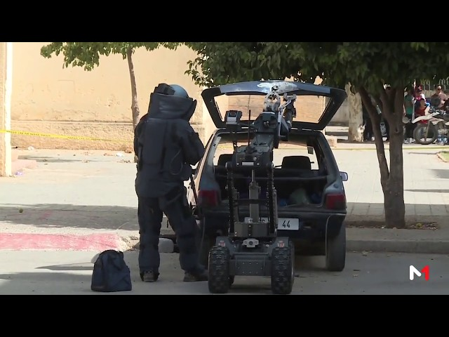 """لحظة تدخل """"روبوت"""" الشرطة لتحييد سيارة مشبوهة في ملكية أحد عناصر الخلية الإرهابية المفككة بفاس"""